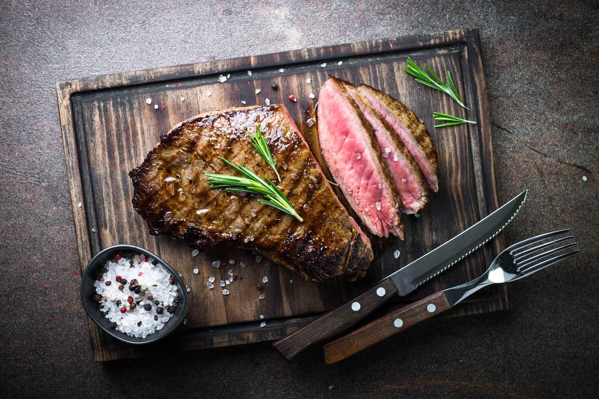 restaurant Ruig Katwijk - steak op plank